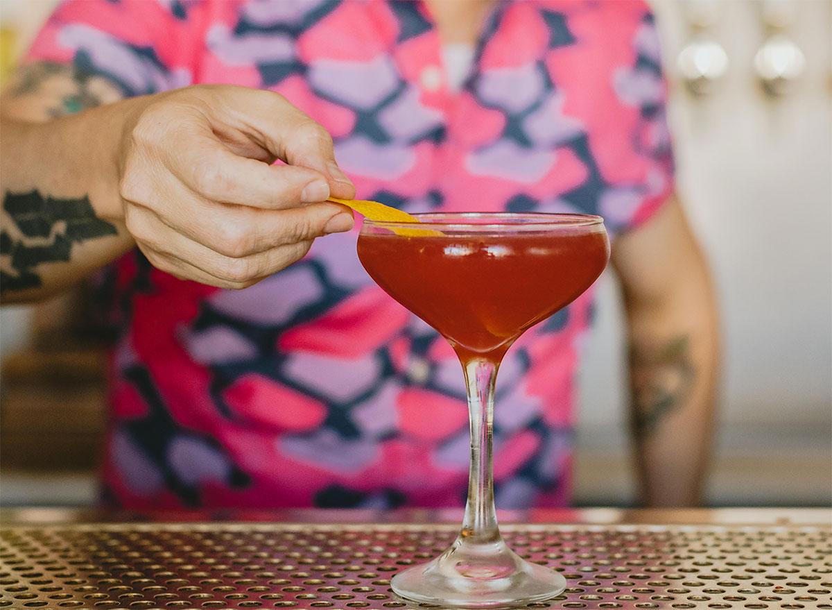 Beautiful-Stranger-cocktail