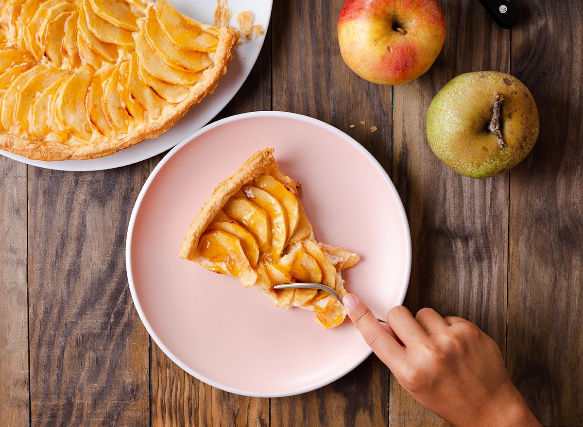 eating apple dessert
