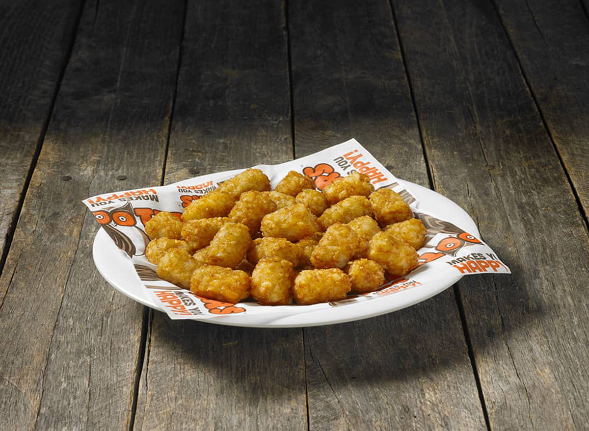 hooters tater tots