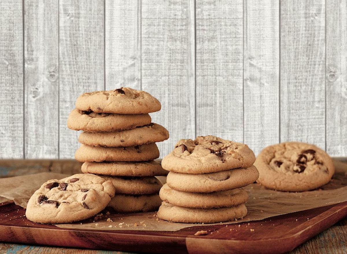 long john silvers chocolate chip cookie