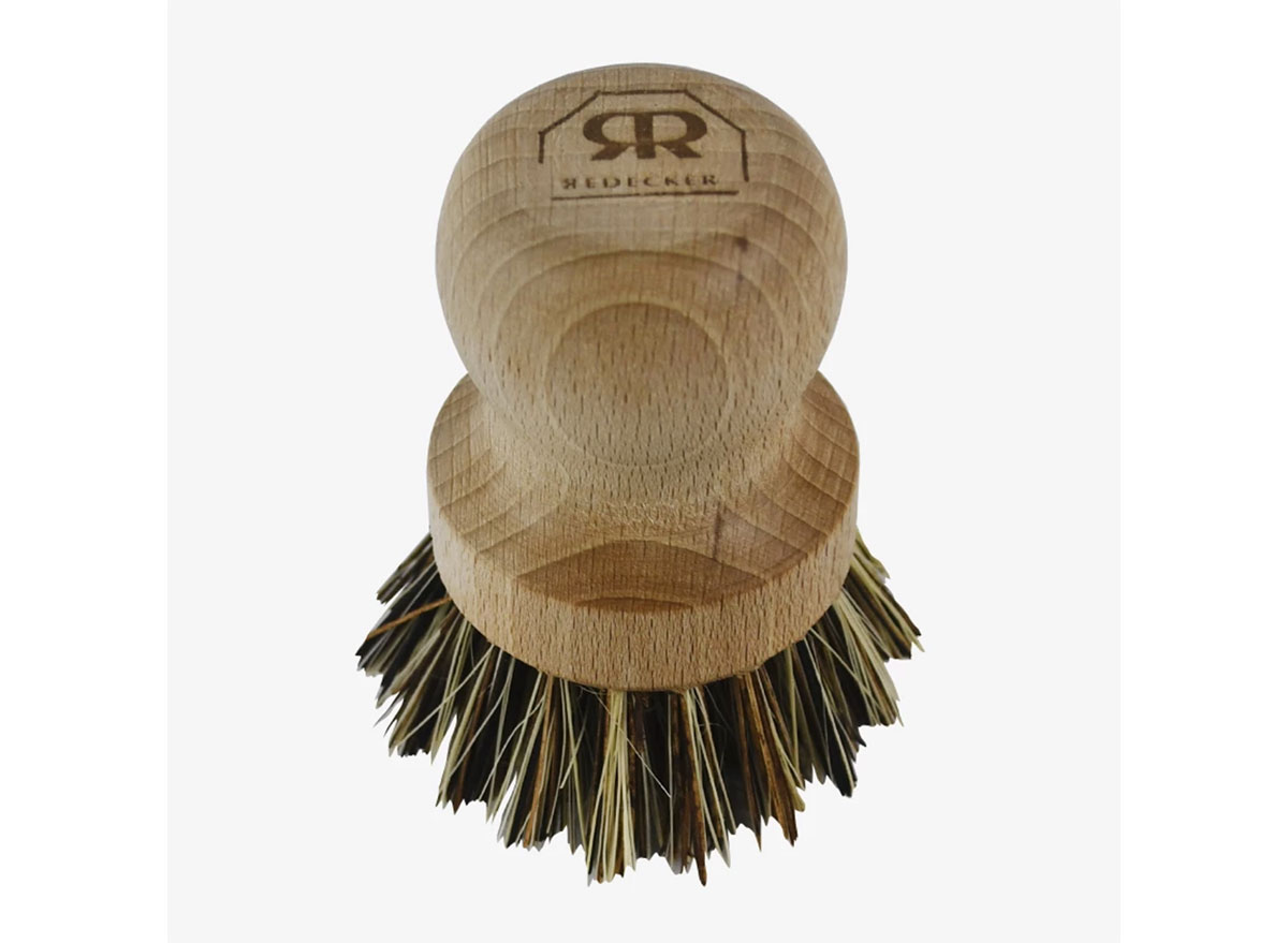 natural pot brush scrubber with wood handle
