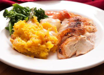 roast chicken with squash, gravy and broccoli