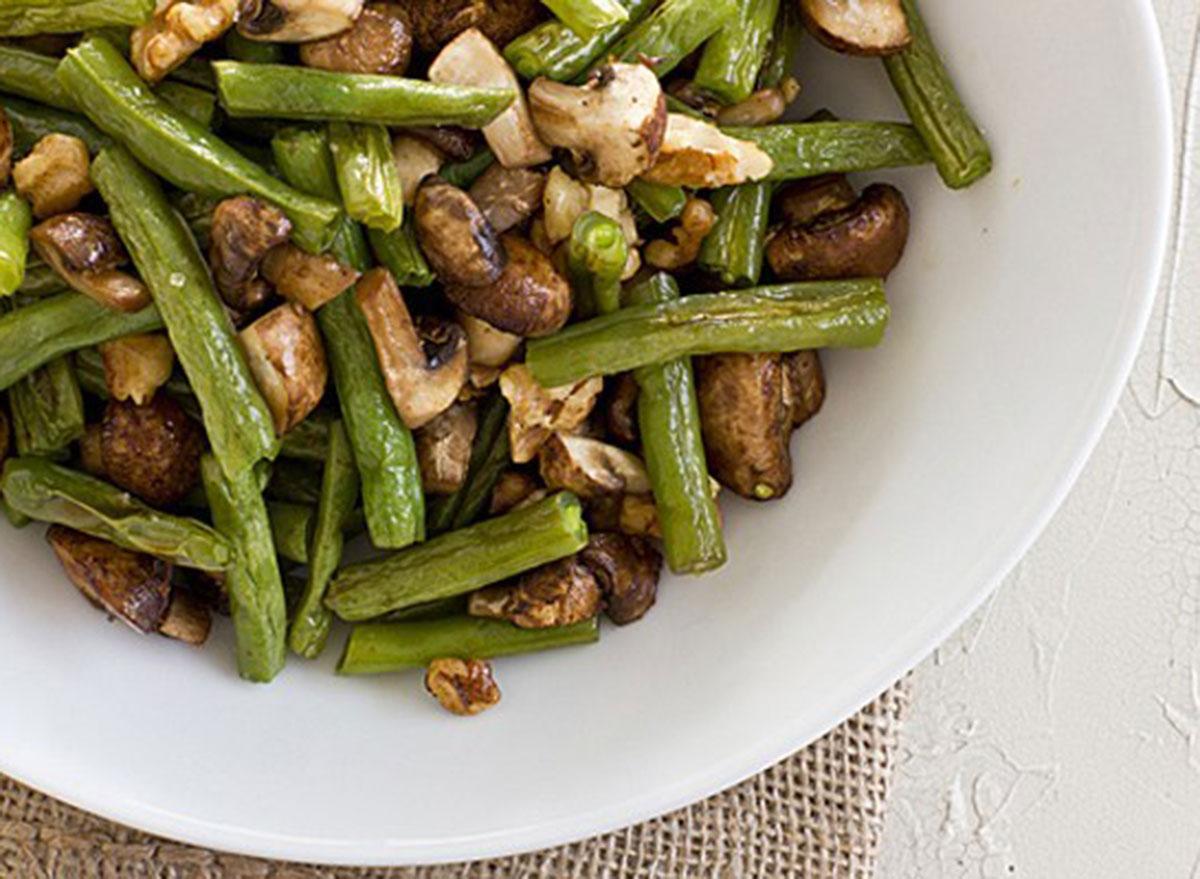 roasted green beans mushrooms walnuts