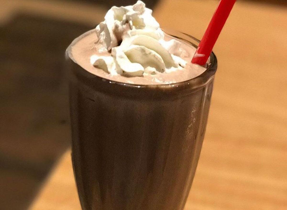 smashburger peanut butter milkshake