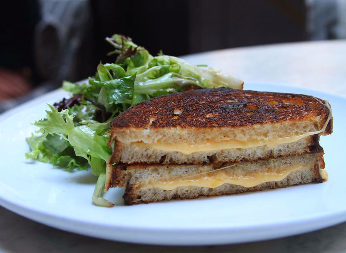 3 arts club cafe chicago grilled cheese