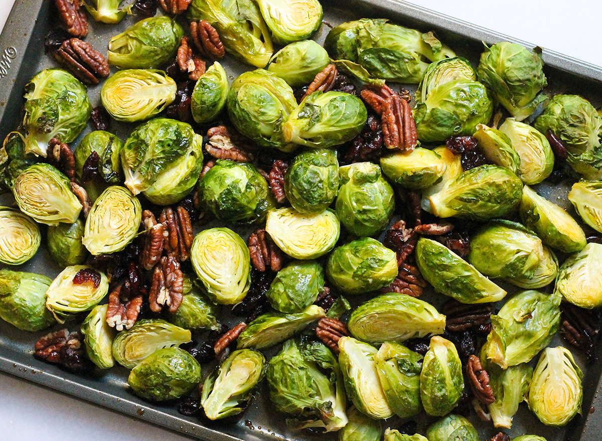brussels sprouts with candied pecans