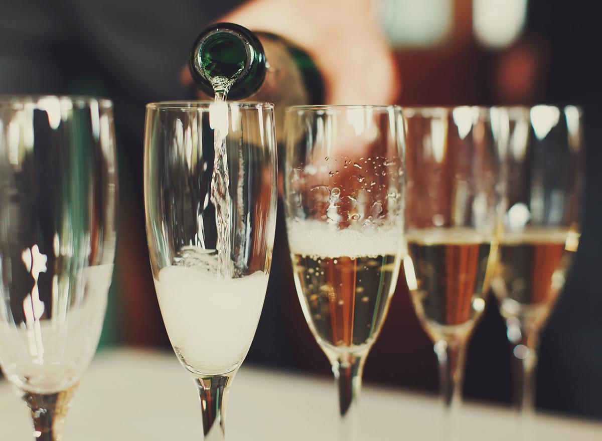 champagne in glasses jpg?fit=1200,879&ssl=1.