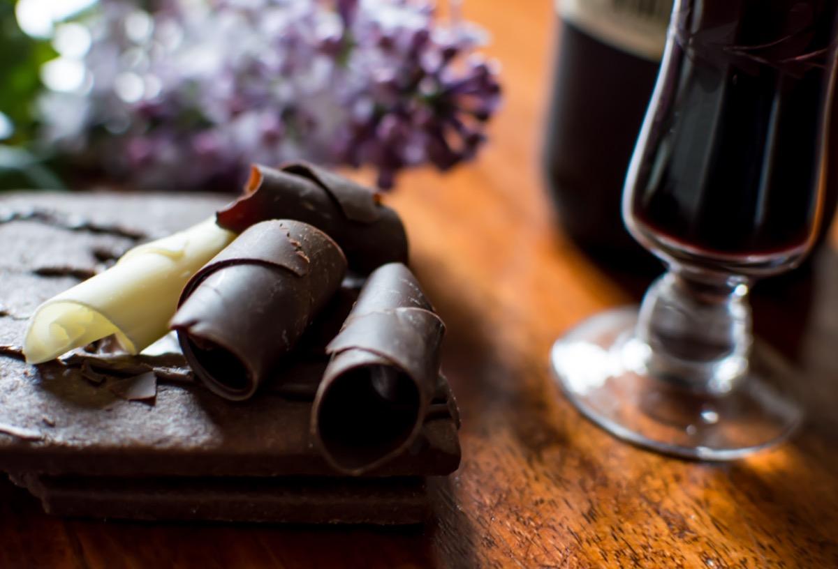 dark chocolate with cake and red wine