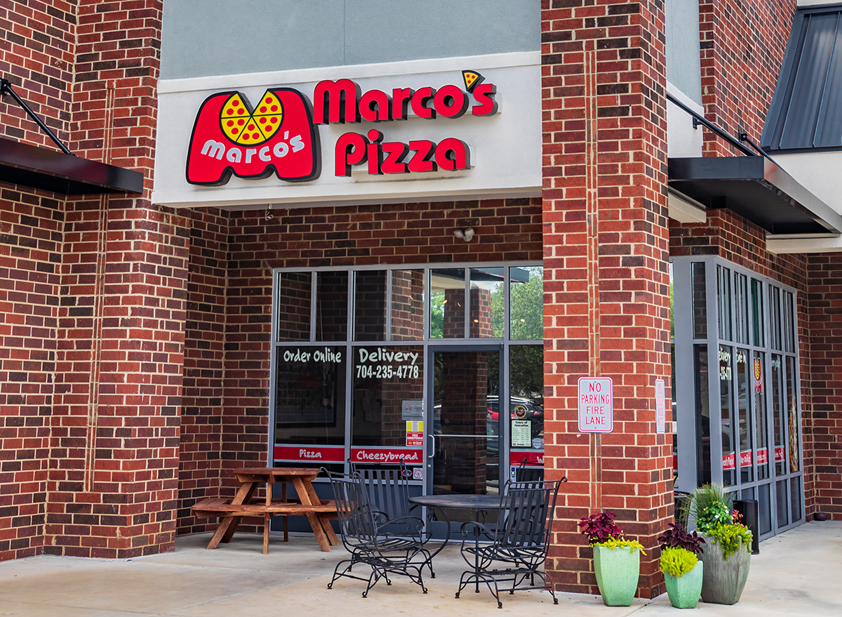 marcos pizza storefront