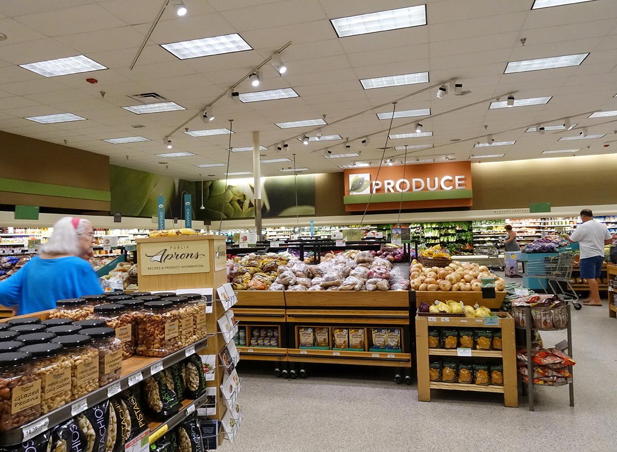 produce section at publix supermarket