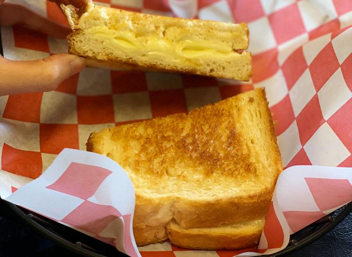 scratch kitchen rhode island grilled cheese