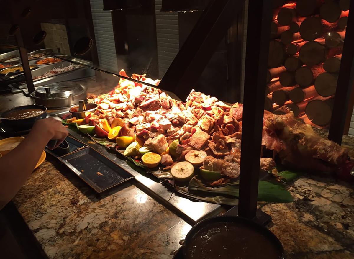food at seasons buffet in las vegas