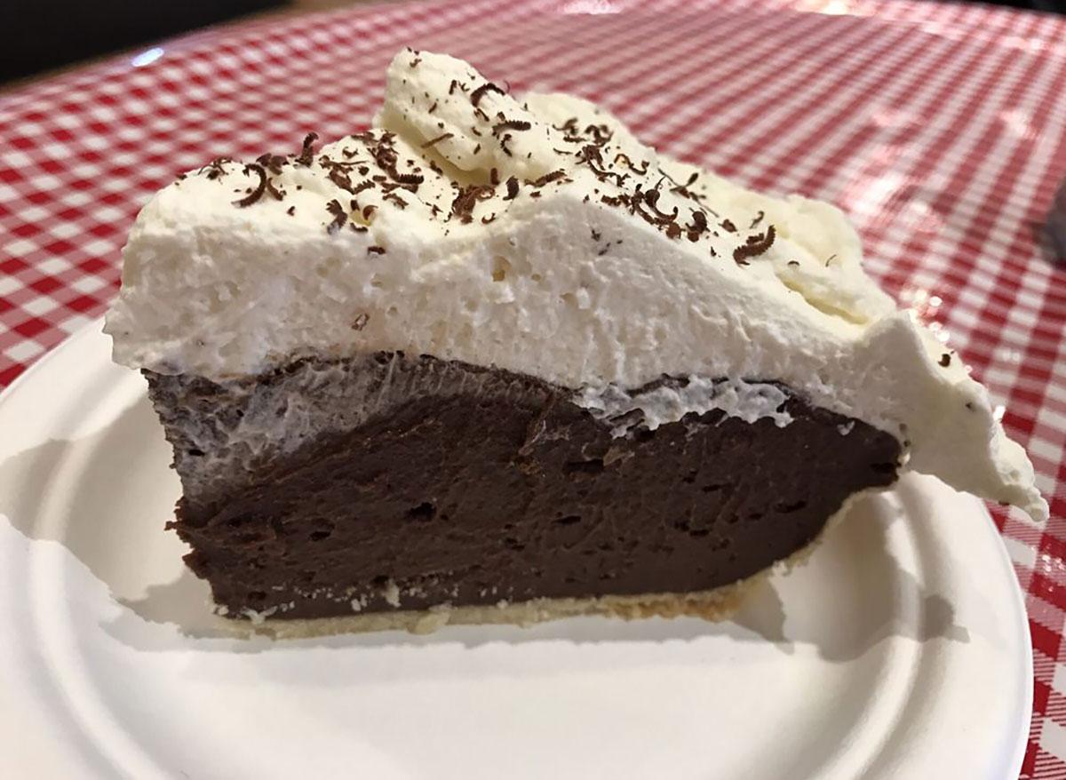 chocolate cream pie slice
