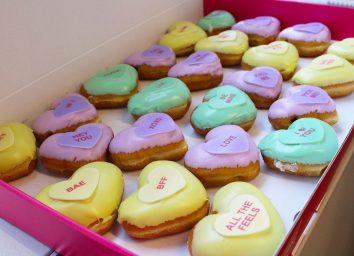 krispy kreme valentines donuts box shot