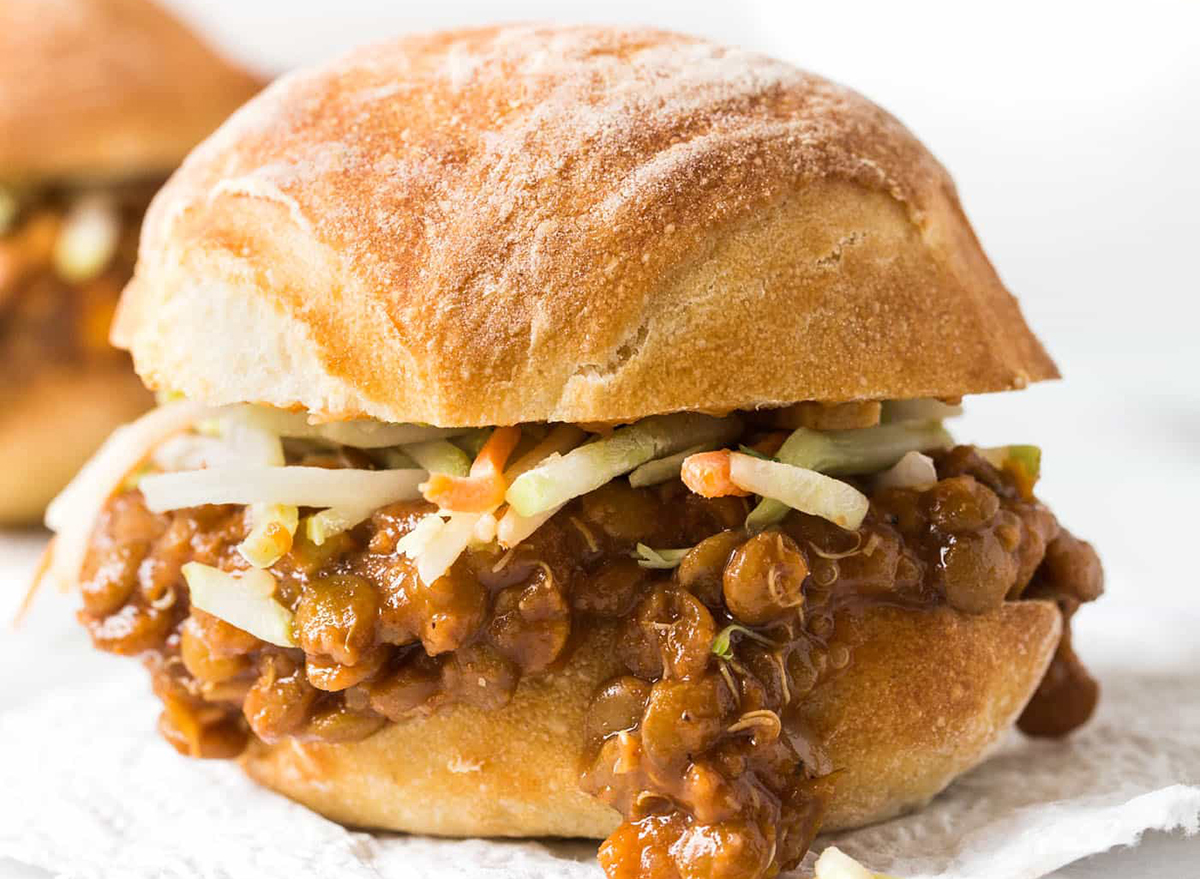 lentil sloppy joe sandwich