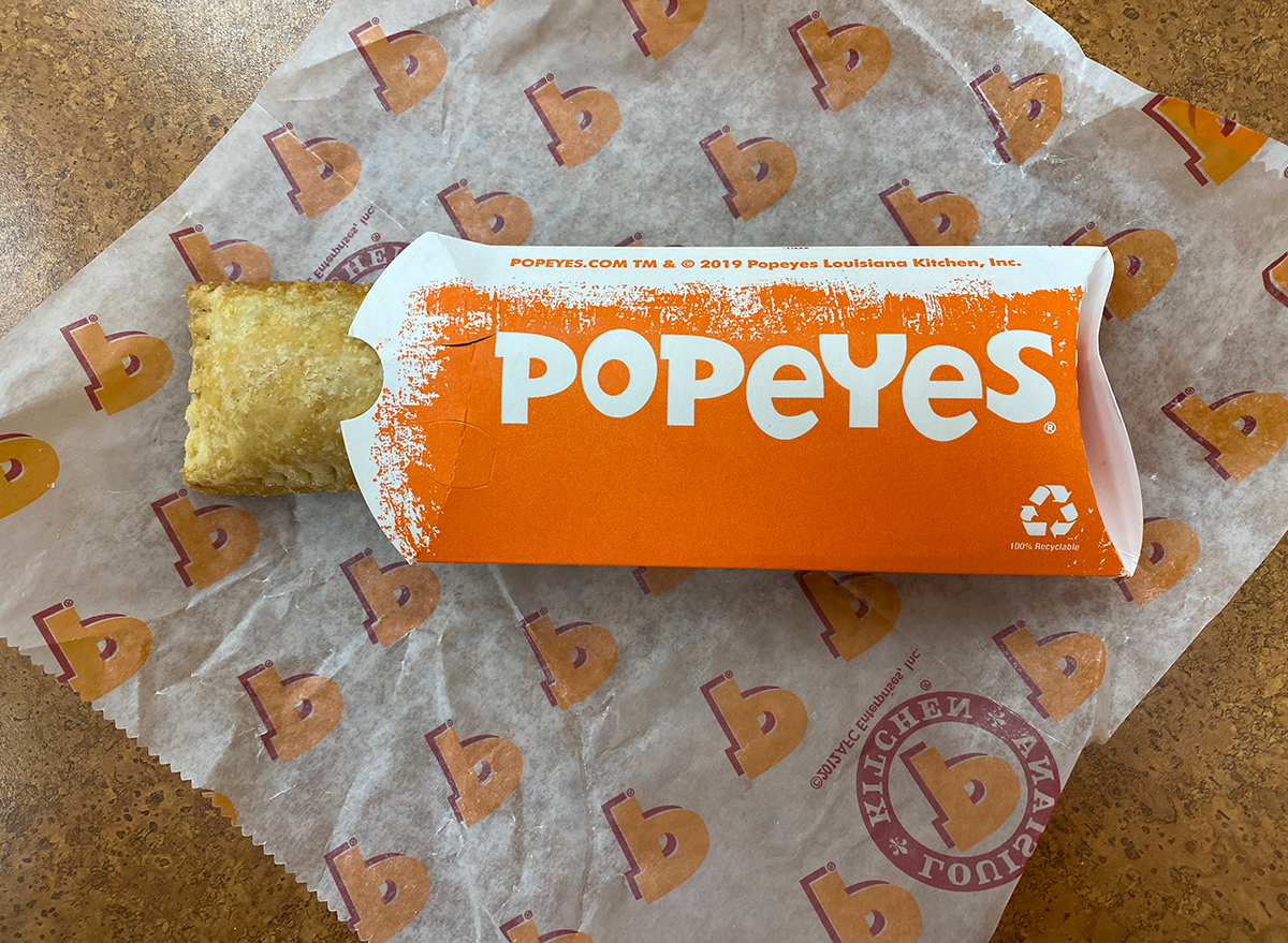 popeyes fried pie in box