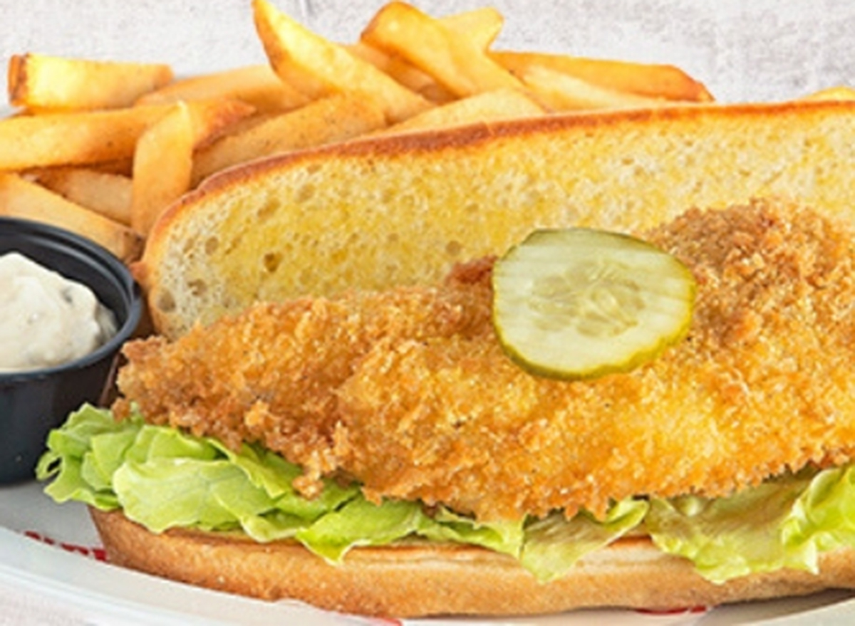 shoneys fish sandwich