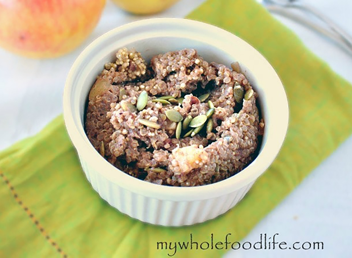 bowl of breakfast quinoa made in slow cooker