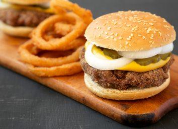 slugburger with onion rings