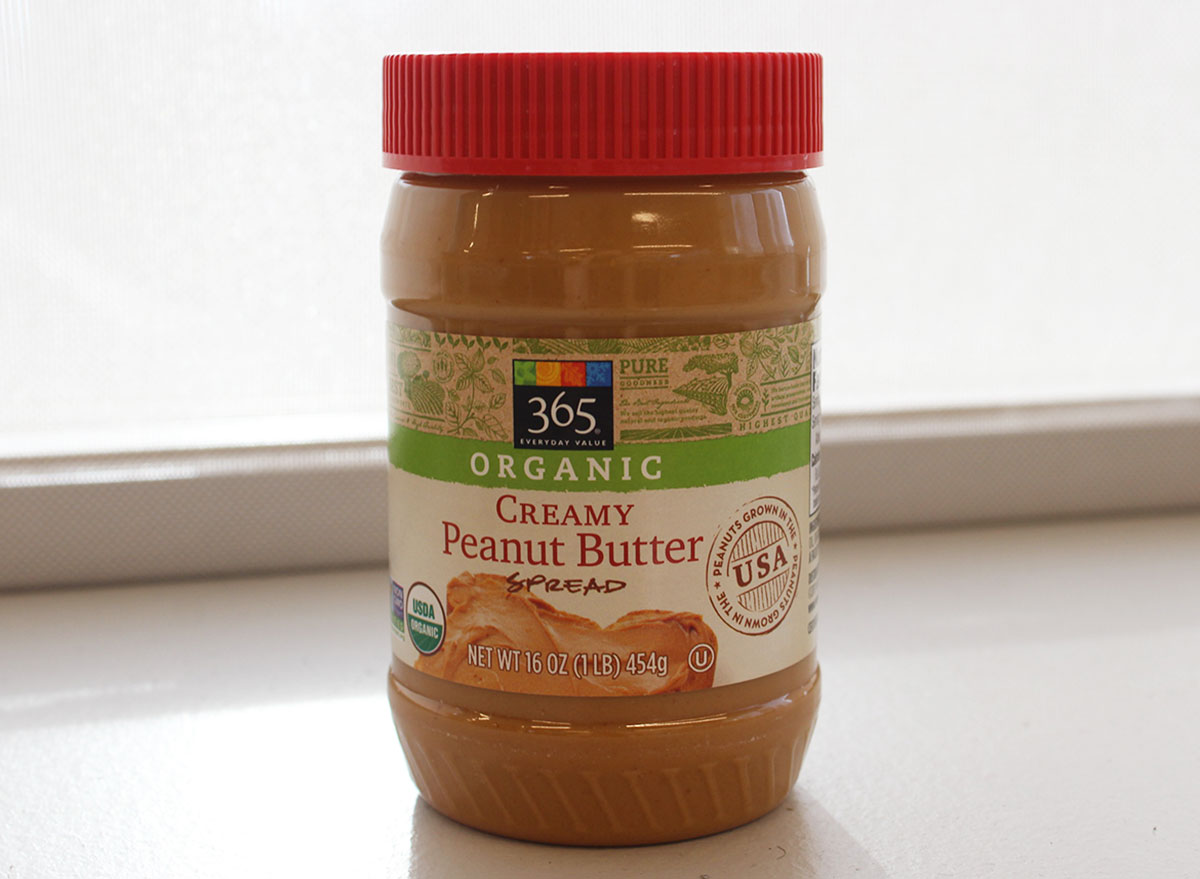 365 organic creamy peanut butter jar
