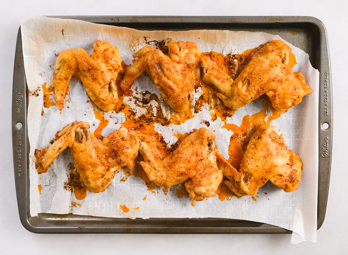 chicken wings after broiling in the oven