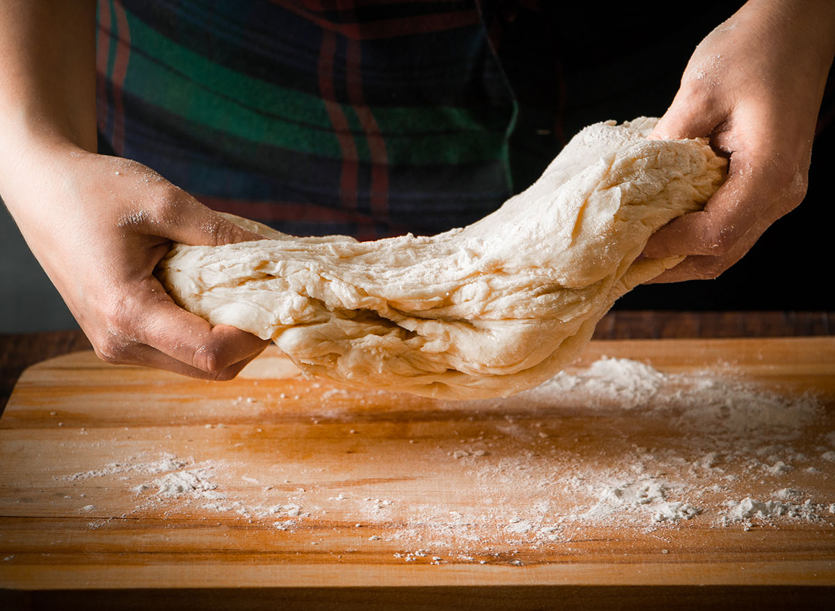Elastic pizza dough