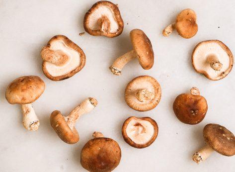 loose mushrooms on a table