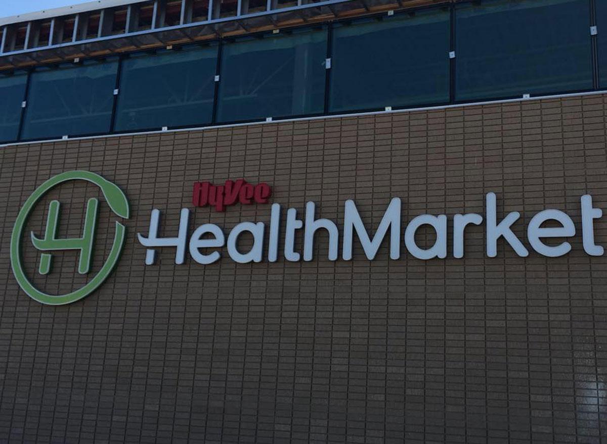 hyvee health market