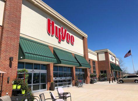 hyvee supermarket