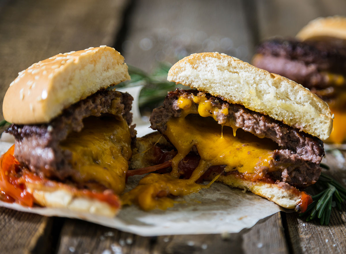 juicy lucy burger stuffed with cheese