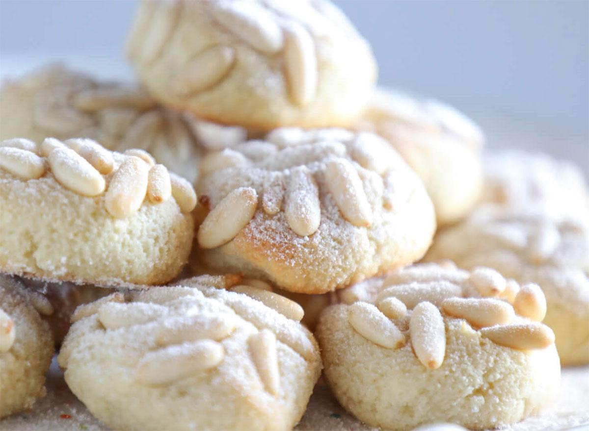 keto pignoli nut cookies