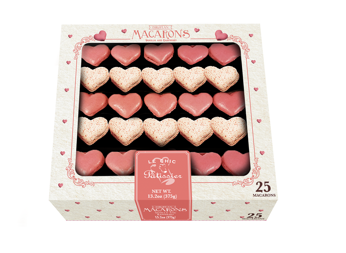 le chic heart-shaped macarons