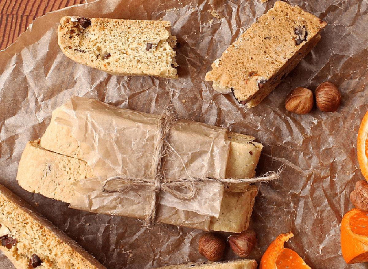orange hazelnut biscotti