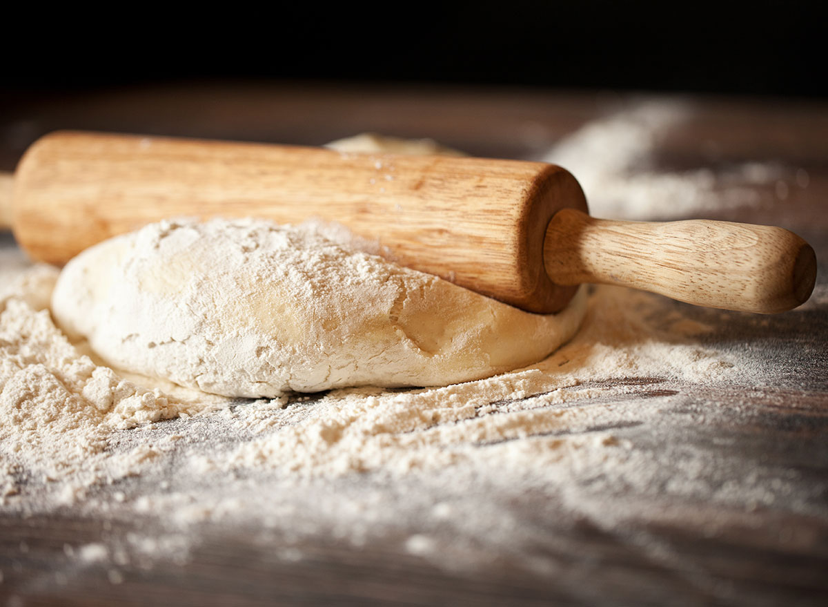 rolling pin for pizza dough