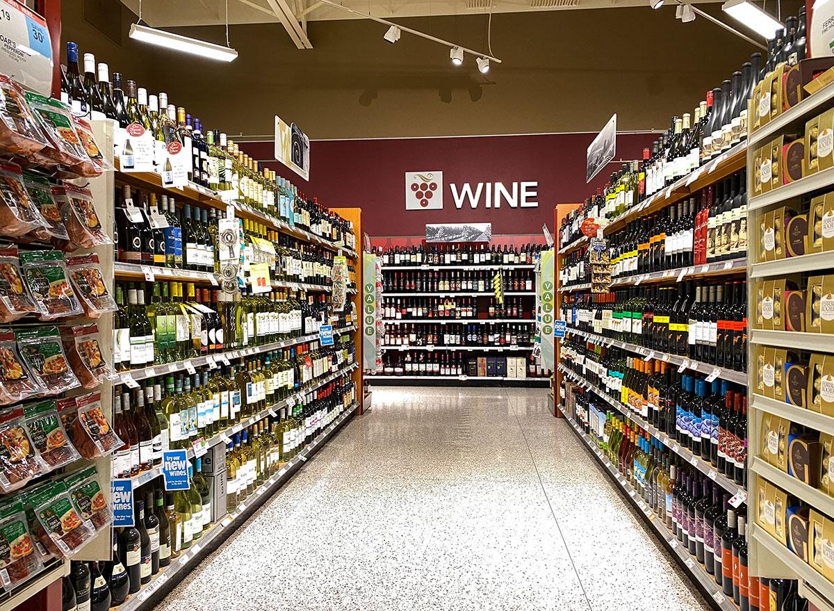publix alcohol aisle