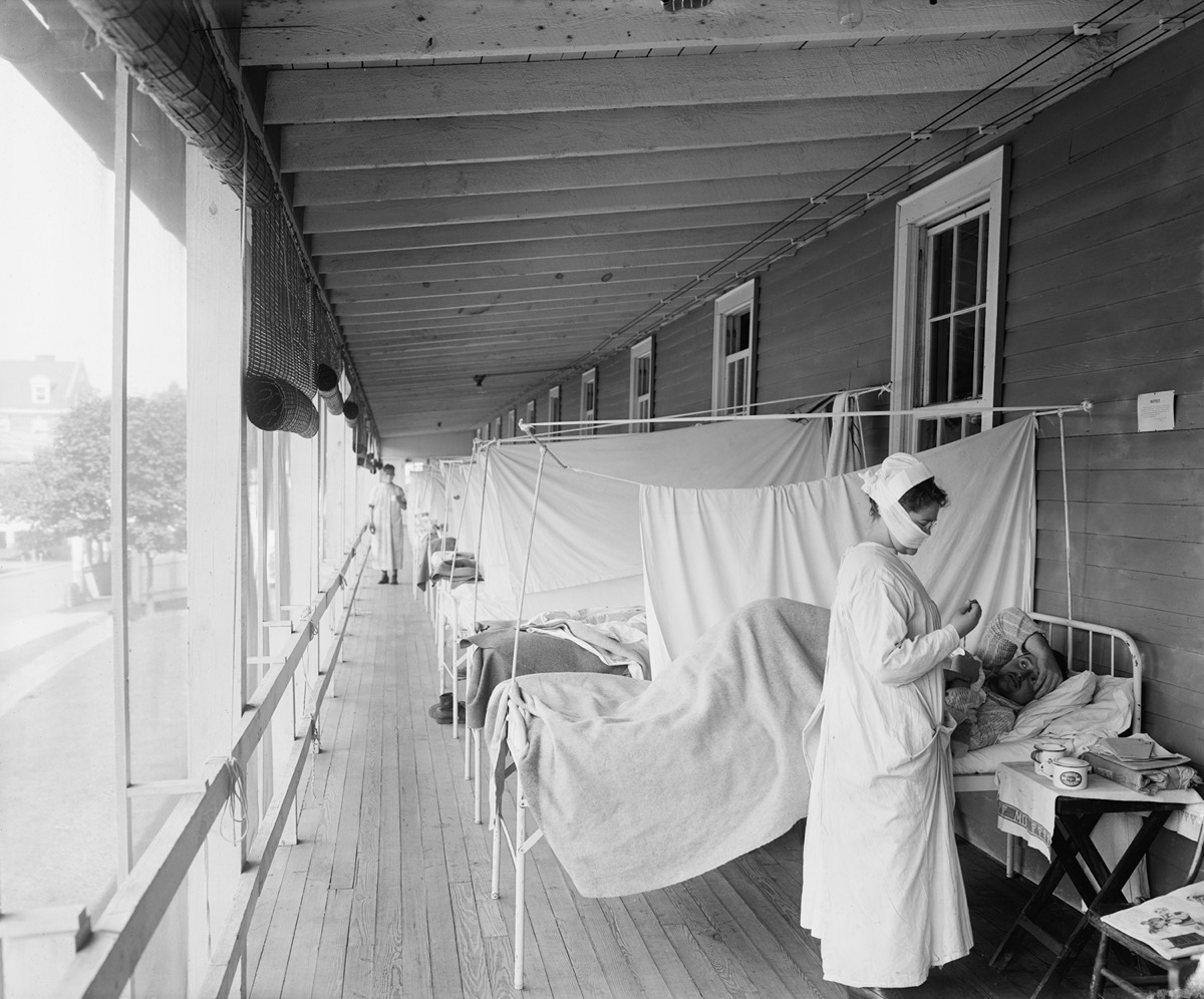 Walter Reed Hospital flu ward during the Spanish Flu epidemic of 1918-19, in Washington DC
