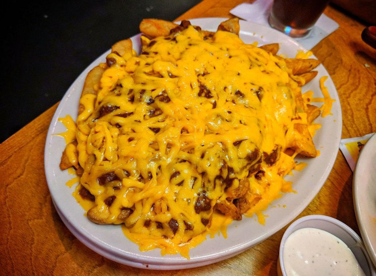 texas roadhouse chili cheese fries