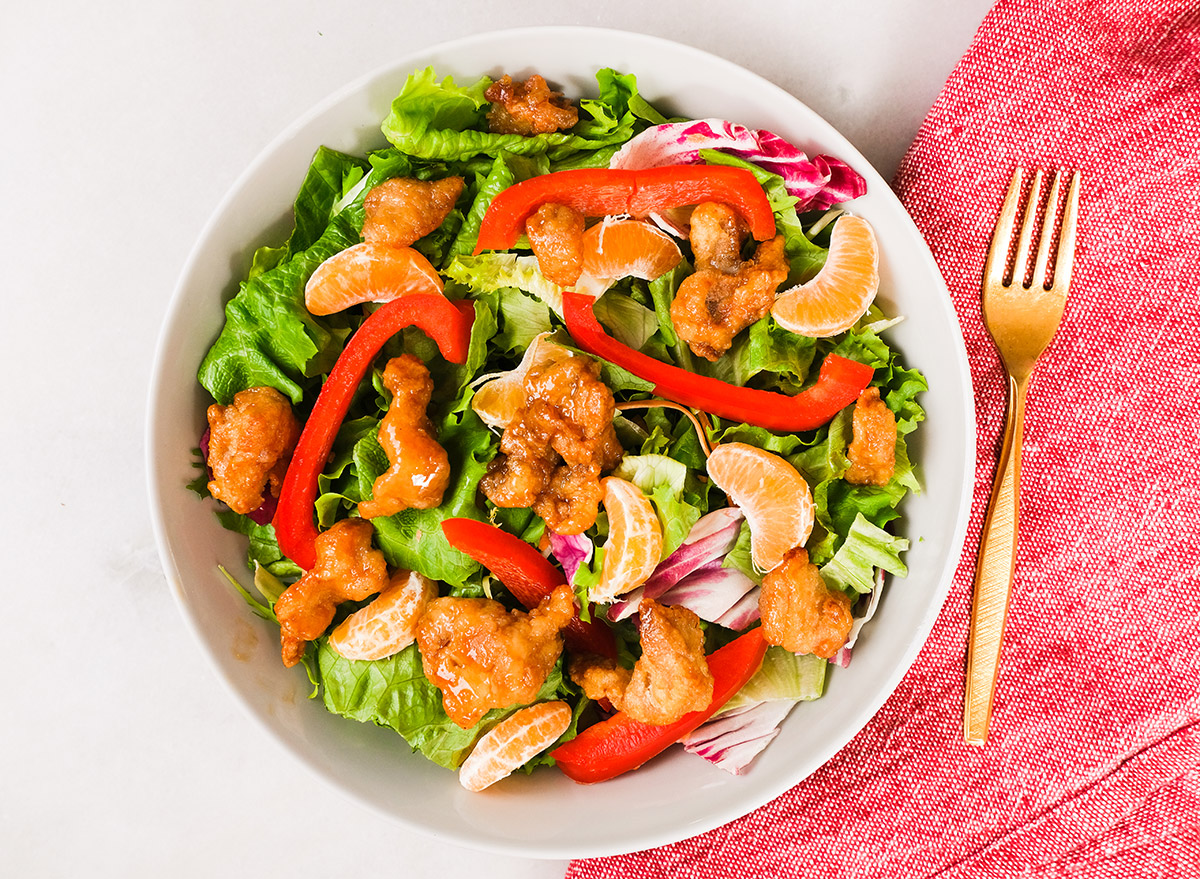 orange chicken salad with mandarin oranges and bell peppers