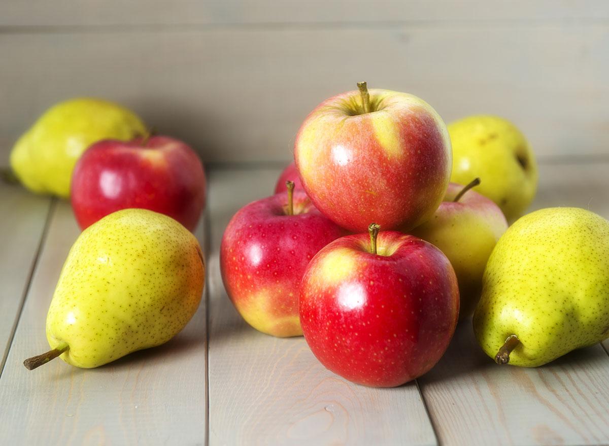 coronavirus shopping list apples and pears