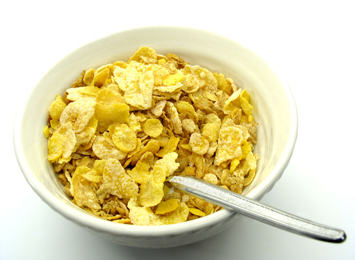 bowl of honey bunches of oats