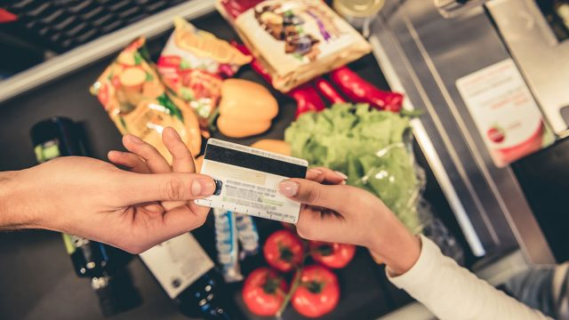 paying for groceries with credit card