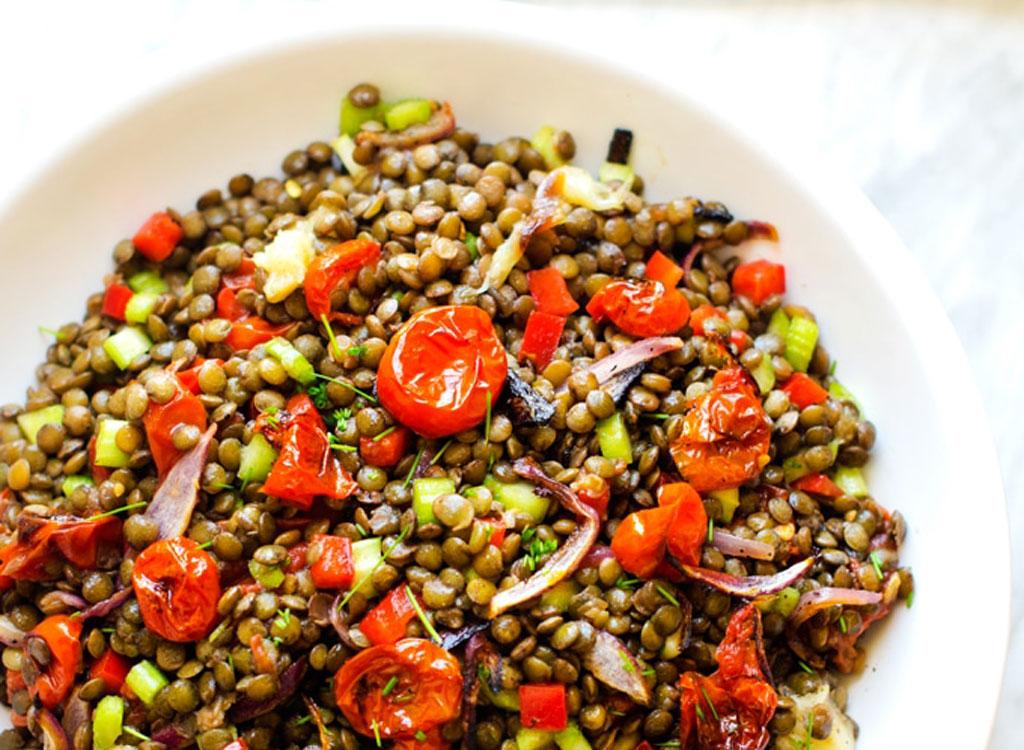 Roasted Garlic Tomato Lentil Salad