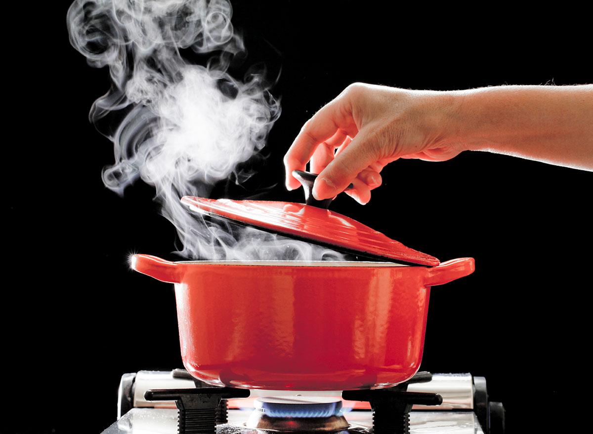 steam in pot