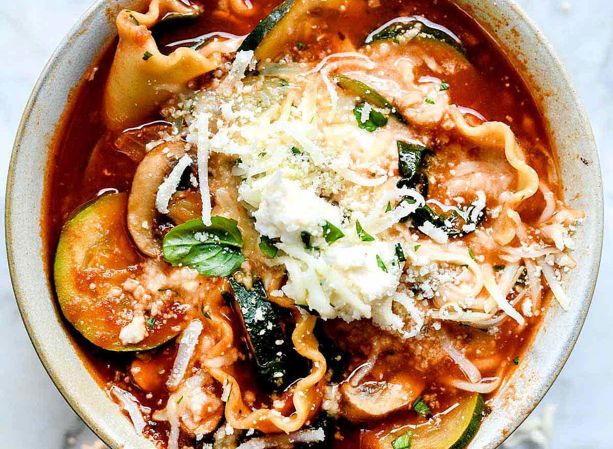 vegetarian crockpot lasagna soup