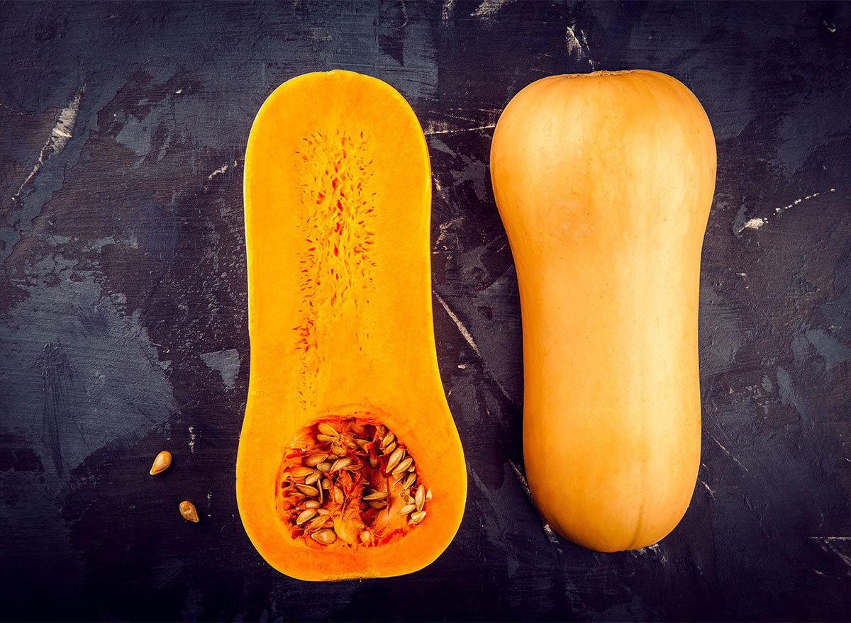 butternut squash sliced in half with seeds