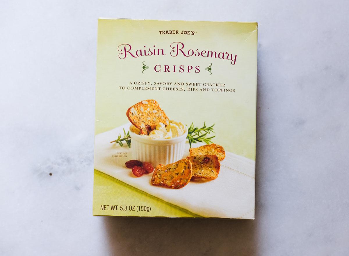 raisin rosemary crisps trader joes