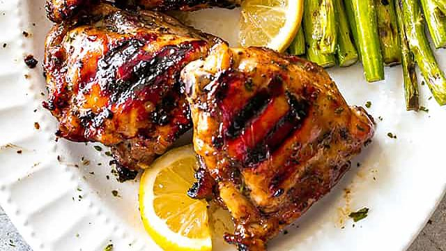 chicken thighs with browns sauce