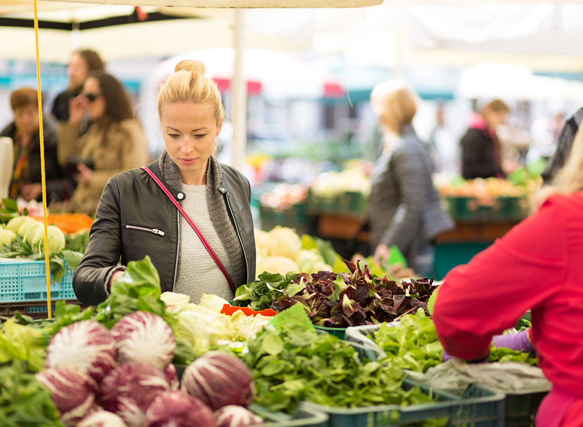 browsing farmers market