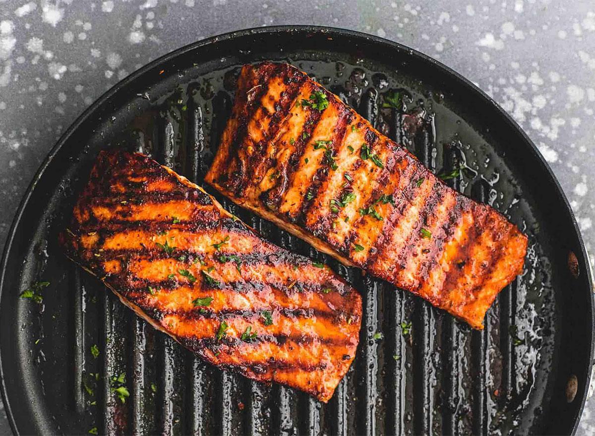 cajun salmon on grill pan