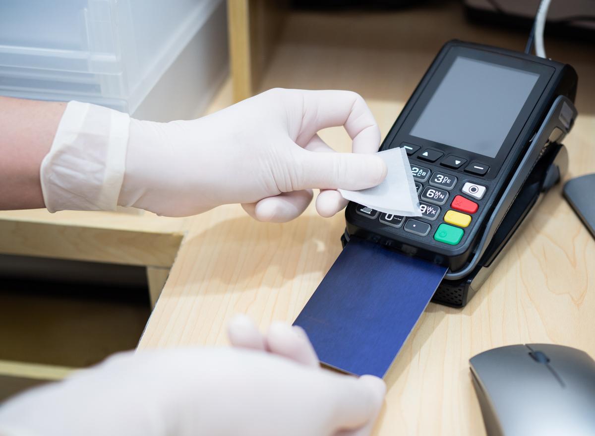 Clean credit card terminal